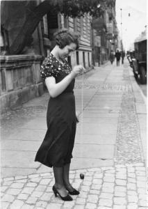 JO JO - das Spiel der zwanziger Jahre auf den Strassen Berlins