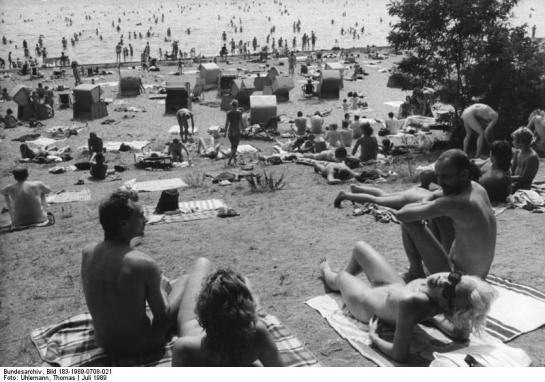 Bundesarchiv Bild 183-1989-0708-021, Berlin, Strandfest am Müggelsee