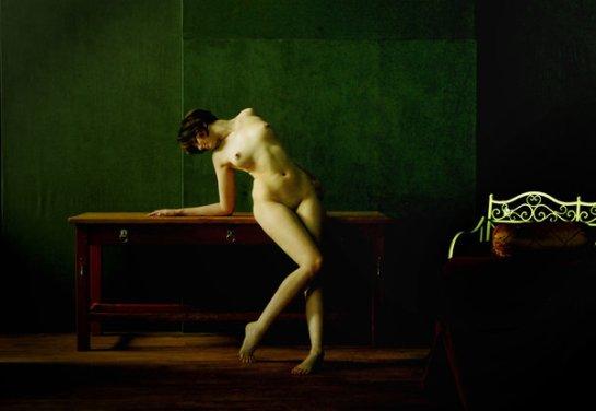 Leaning Nude by ClayreMcKinnen on deviantART