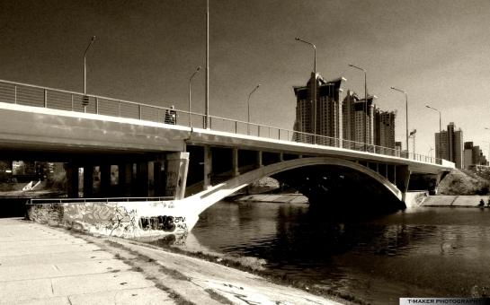 Bridge across the channel by t-maker on deviantART