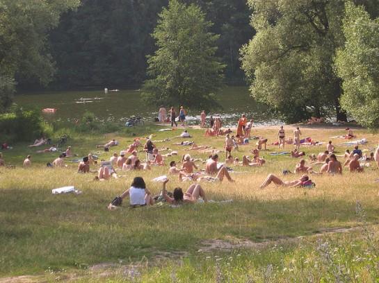 at the grunewaldsee by running_dog   Flickr - Photo Sharing!
