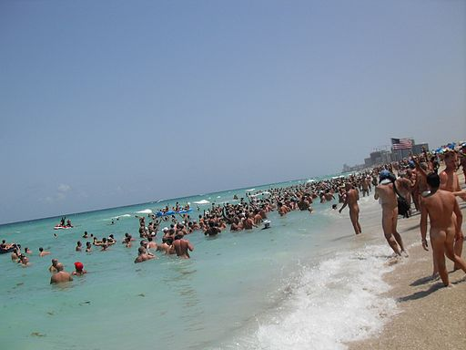 Haulover beach (Wikimedia Commons)
